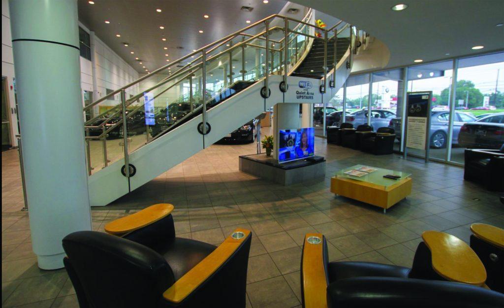 Holman Auto - Lobby